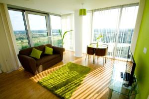 Horizon Apartments - Manhattan House in Milton Keynes, Buckinghamshire, England