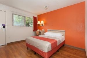 Motel 6 Davis - Sacramento Area, Hotely  Davis - big - 13