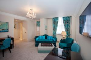 The Apartments by The Sloane Club - 23 of 28