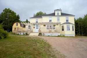 Photo of The Maven Gypsy Bed And Breakfast