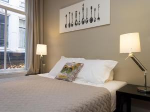 Dam Square Apartment