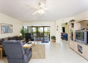 Photo of Castaway Cove 3 B By Vacation Rental Pros