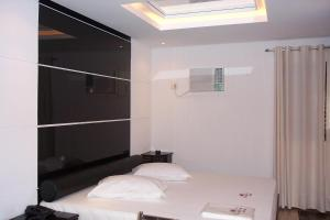 King Suite with Spa Bath and Sauna