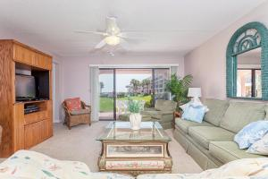 Photo of Sea Place 13137 By Vacation Rental Pros