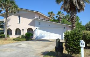 Photo of Seaside Cottage By Vacation Rental Pros