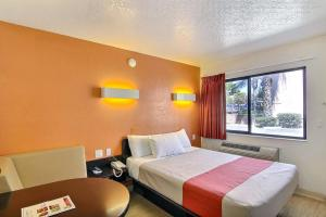 Photo of Motel 6 Santa Barbara State