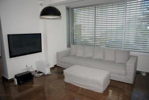 Photo of Hovevei Tzion – Luxury Tel Aviv One Bedroom Apartment