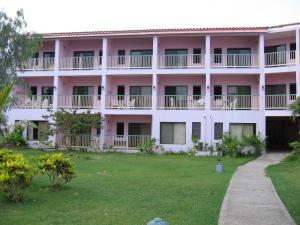 Photo of Allamanda Beach Resort