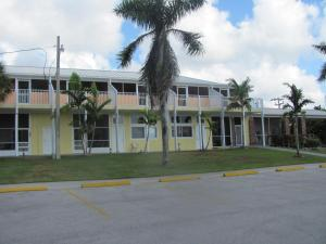 Photo of Captain's Table Lodge And Villas