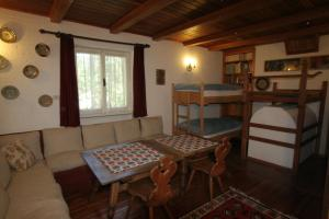 B&B Villa Dolomites Hut, Bed & Breakfasts  St. Vigil - big - 8