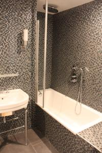 Executive Double Room With Free Access to Steam Bath