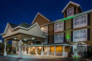Photo of Country Inn & Suites Jacksonville