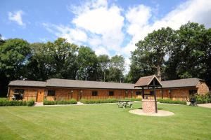 Hill Top Farm Lodges in Chertsey, Surrey, England