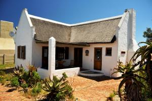 Two-Bedroom Cottage 1