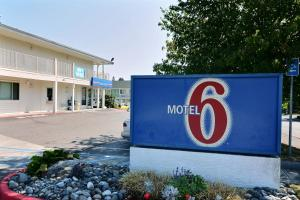 Motel 6 Tacoma South, Hotels  Tacoma - big - 1