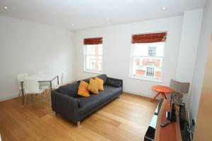 Photo of Fg Property   Chelsea, Redcliffe Road, Flat 5