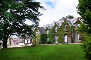 Exmoor Manor B&B and Beggars Roost Inn Barbrook, Devon