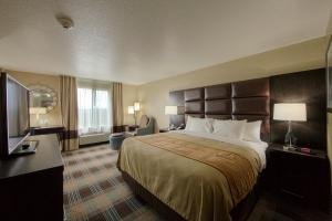 Photo of Comfort Inn & Suites Fort Worth