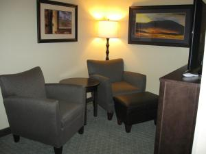 Double Queen Suite