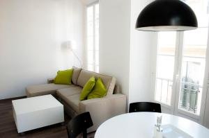 Photo of Apartamentos Plaza Merced, 22