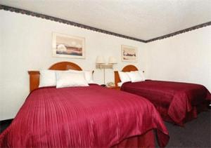 Rodeway Inn & Conference Center - Sioux City, IA 51103 - Photo Album