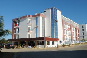 Photo of Free Zone Hotel
