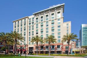 Photo of Hilton San Diego Gaslamp Quarter