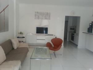 Photo of Home Rental Croisette Two Bedroom 80