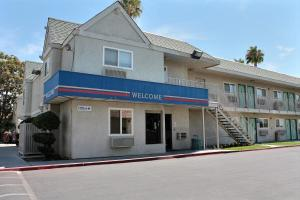 Photo of Motel 6 Bakersfield East