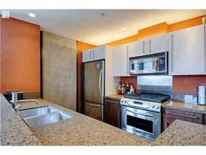 Photo of Amsi East Village One Bedroom Condo (Amsi Sds.Icon 630)