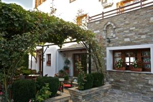 Guesthouse Papagiannopoulou, Apartments  Zagora - big - 65