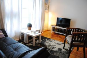 One-Bedroom Aparment (3 Adults) Huelen 1