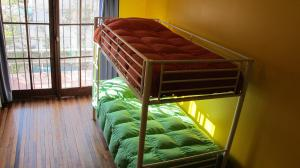 Single Bed in Dormitory Room (6 Adults)