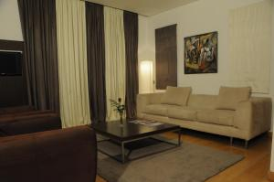 Afrin Prestige Hotel room photos