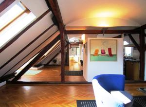 Photo of Loft Apartment Shoofit