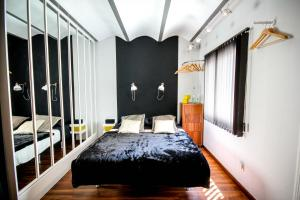 Photo of L'appartement, Luxury Apartment Barcelona