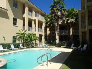 Photo of Las Verandas Condominiums   By Island Services