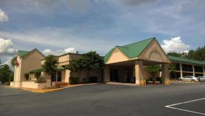Photo of Ramada Hotel & Suites   Warner Robins