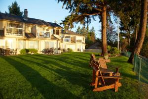 Photo of Madrona Beach Resort