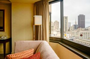 Double Room with Two Double Beds with Skyline View - Hearing Accessible