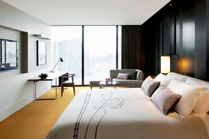 Luxe King Room