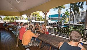 Global Backpackers Cairns Central