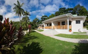 Photo of Anse Soleil Beachcomber Self Catering Chalets