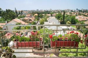 Kfar Saba View Apartment, Apartments  Kefar Sava - big - 33