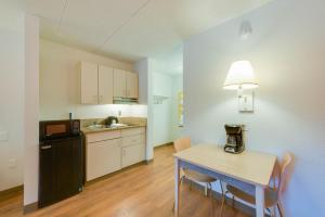 Standard Room with Kitchenette