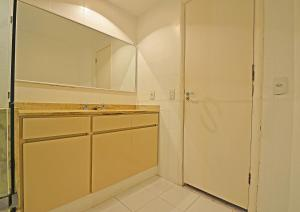 Two-Bedroom Apartment D034