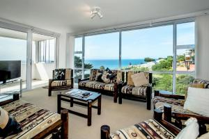 Apartamento Familiar de Luxo com Vista Mar