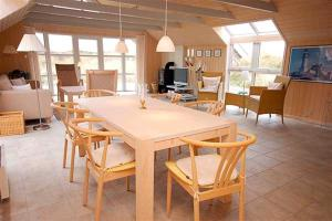 Holiday home Fyrmarken H- 1276, Nyaralók  Nørre Lyngvig - big - 21