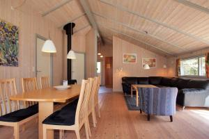 Holiday home Hedevej B- 1702, Holiday homes  Ho - big - 10