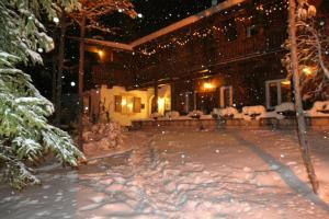 B&B Villa Dolomites Hut, Bed & Breakfasts  St. Vigil - big - 20